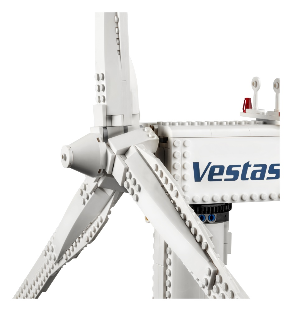 Out of the Vault: New LEGO Creator Expert Vestas Wind Turbine