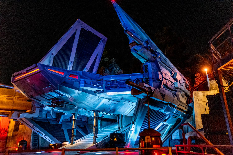 Star Wars Galaxy S Edge At Night In Disneyland Anaheim